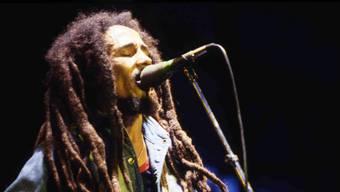 Jeder Ton zählt: Experten haben halb zerstörte Aufnahmen von Bob-Marley-Konzerten restauriert. (Archivbild)