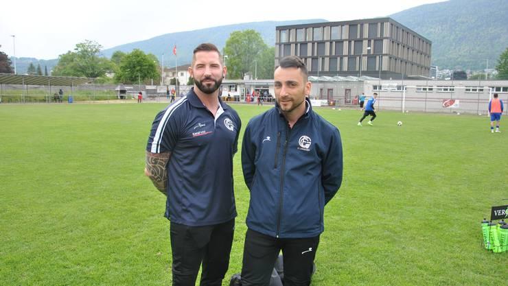Physio Patrick Bernardi (links) und Trainer Mirko Recchiuti können sich über die Tabellenführung freuen