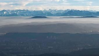 Aarau zu Füssen, das Alpenpanorama vor Augen: So präsentiert sich der Blick von der Wasserflue.