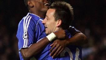 Salomon Kalou (l.) Matchwinner für Chelsea