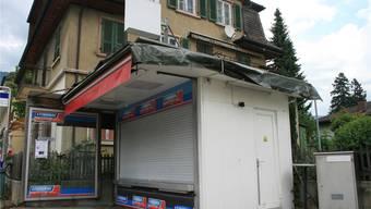 Den Kiosk an der Dorfstrasse in Bettlach wollte niemand haben, den Inhalt aber schon.