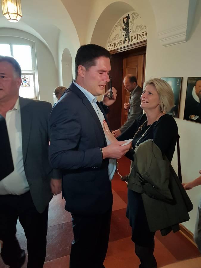 David Zuberbühler wird bei der Wahl von seinen Gefühlen überwältigt. (© FM1Today)