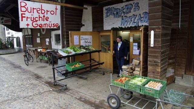 Der Hofladen der Familie Zihlmann in Biel-Benken BL verkauft auch fremde Produkte, ohne das zu deklarieren. Foto: HEC
