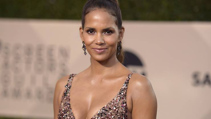 ARCHIV - Halle Berry kommt zu der Verleihung der 24. Screen Actors Guild (SAG) Awards. Foto: Richard Shotwell/Invision/AP/dpa