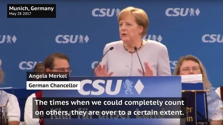 Noch ist es nur Satire, wenn Angela Merkel...