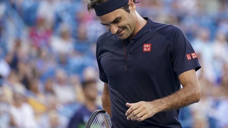 Roger Federer kehrt mit einem Sieg in den Tennis-Zirkus zurück.