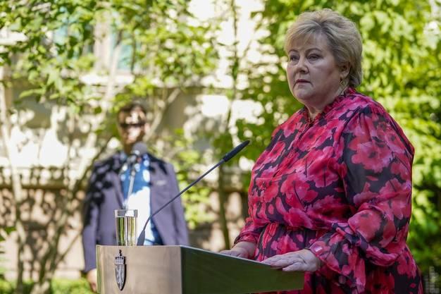 Beantwortete auch schon Schulkindern Fragen zum Coronavirus: Erna Solberg, amtierende Ministerpräsidentin von Norwegen. (Bild: Keystone)