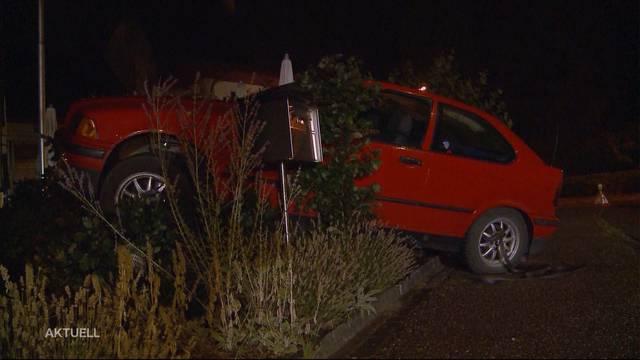 Betrunkener BMW-Lenker überfährt zwei Fussgänger