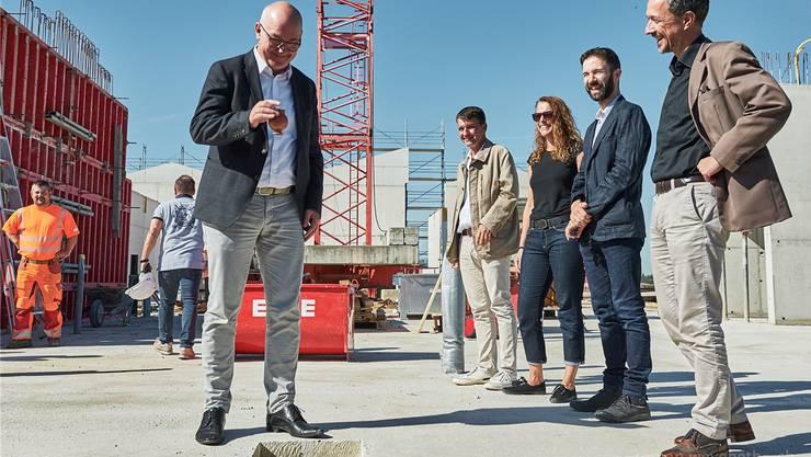 Baudirektor Isaac Reber bei der Grundsteinlegung des Sammlungszentrums Augusta Raurica. (ZVG / Weyeneth)