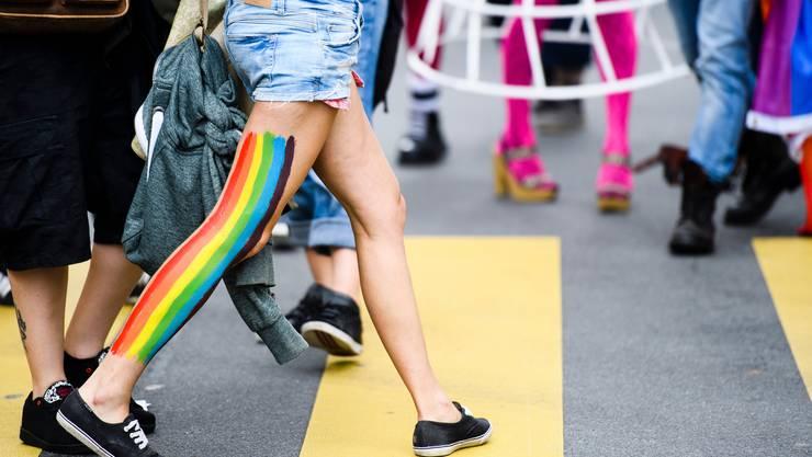 Jugendliche mit Transidentität sollen nicht das Einverständnis ihrer Eltern für eine Änderung des Geschlechts brauchen. (Symbolbild)