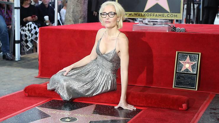 US-Schauspielerin Gillian Anderson mit ihrem Hollywood-Stern