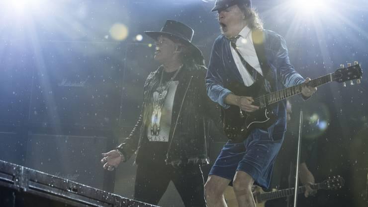 Die australischen Hard Rocker begeistern in Bern.