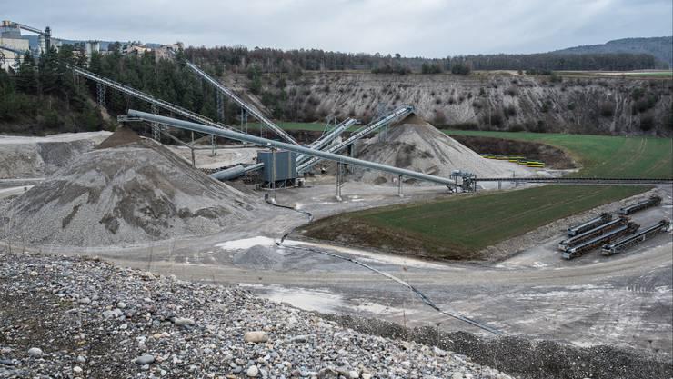 In der Kiesgrube Weiach im Gebiet Nördlich Lägern