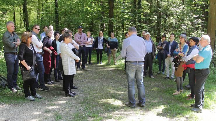 Kantonsrat und Revierförster Georg Nussbaumer erzählt über den Hardwald.