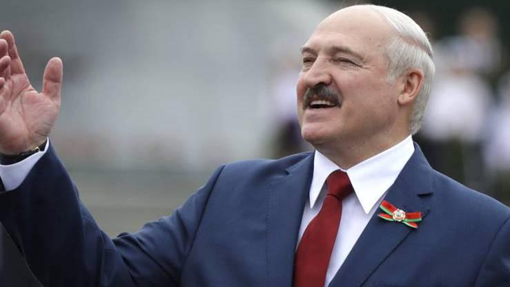 Weissrussland: Wahlleitung erklärt Lukaschenko nach Gewalt-Nacht zum Sieger