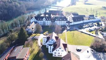 Das Kinderheim St. Benedikt liegt in unmittelbarer Nähe zum Kloster Hermetschwil. zvg
