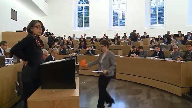 Der Grosse Rat stimmt dem Sparpaket zu: Tele-M1-Bericht aus dem Grossratssaal.