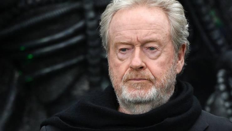 """Der britische Regisseur Ridley Scott erinnert sich im Zusammenhang mit seinem Film """"Alien"""" (1979) gerne an die Arbeit mit dem Schweizer Künstler HR Giger. (Archiv)"""