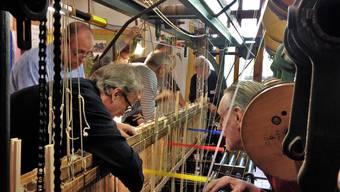 Ein funktionstüchtiger Seidenbandwebstuhl aus der Zeit der Posamenterie ist Herzstück des Heimatmuseums Oltingen-Wenslingen-Anwil in Oltingen.