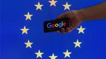 Google und Co. waren lange ungestört auf ihrem Siegeszug durch Europa. Das könnte sich bald ändern. Jaap Arriens/Getty Images