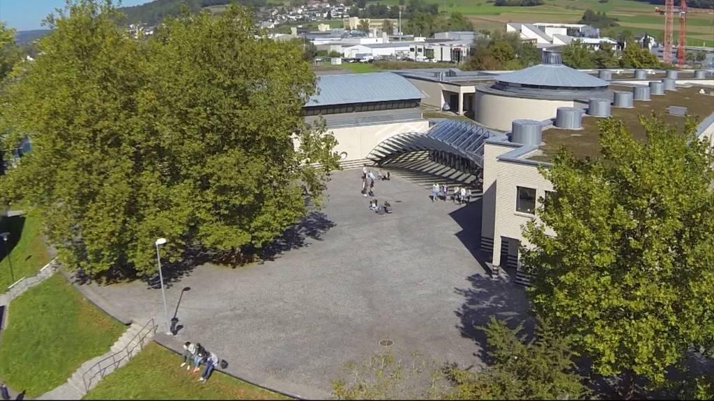 Handlungsbedarf: Aargauer Mittelschulen platzen aus allen Nähten