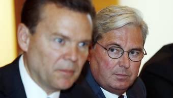 Clariant-Chef Hariolf Kottmann (rechts) und Huntsman-Chef Peter Huntsman gaben am Montag die Fusion der beiden Firmen bekannt.