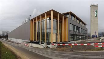 Der Neubau der Häring und Co. AG an der Sisslerstrasse in Eiken ist bezogen.