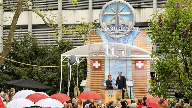 Zur Eröffnung des Scientology-Centers in Basel reiste vor drei Jahren Oberhaupt David Miscavige (links am Rednerpult) eigens aus den USA an.