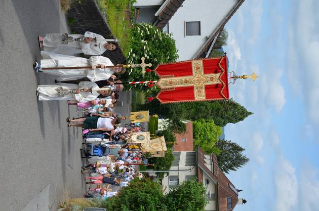 Bei schönstem Wetter wurde am 31. Mai in Sarmenstorf die traditionelle Fronleichnamsprozession nach dem Gottesdienst durchgeführt.