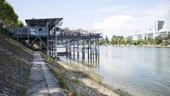 Das Basler Rheinbad Breite soll wieder seine alte Grösse erhalten und saniert werden. (Archivbild)