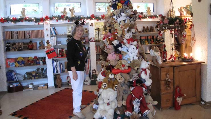 Gudy Baur schmückt jedes Jahr ihr Haus aufwändig.
