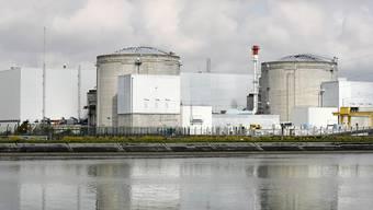 Das französische Kernkraftwerk Fessenheim am Rhein, rund 40 Kilometer von der Schweizer Grenze bei Basel entfernt. (Archivbild)
