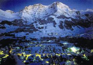 Unsere Leser finden dies die schönste Weihnachtskarte. Der Verteidiugungsminsister ehrt mit seinem postkartenähnlichen Motiv «Adelboden by Night» seinen Heimatort.
