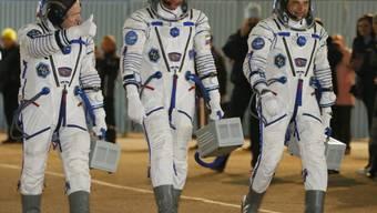 Auf dem Weg ins All: (von links) Kelly, Padalka, Kornijenko