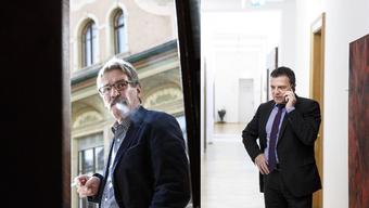 Im Kanton Solothurn gelingt dem Aussenseiter und Vater der Minarett-Initiative die Sensation nicht. Der bisherige Roberto Zanetti wird im 2. Wahlgang gewählt.
