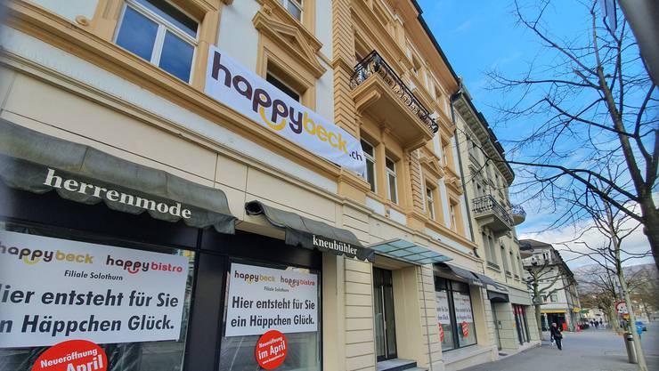 Im Herbst 2016 schloss die Herrenboutique Kneubühl. Jetzt lässt sich ein Bäckereibetrieb aus Zürich hier nieder.Bild: Andreas Kaufmann