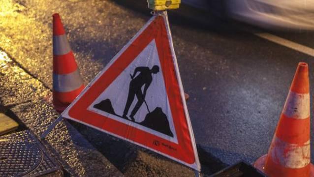 Auf der Baustelle kam es zu einem schweren Unfall. (Symbolbild)