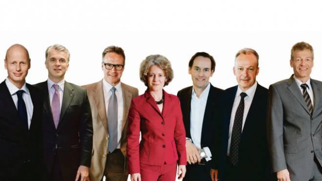 v.l.: Marc Walder, Ringier. Sergio P. Ermotti, CEO UBS. Andreas Meyer, SBB. Corine Mauch, Stadtpräsidentin Zürich. Patrick Warnking, Chef Google Schweiz. Urs Schaeppi, Swisscom. Heinz Karrer, Economiesuisse.
