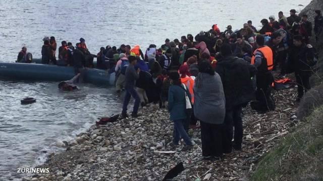 Erste Flüchtlinge zurückgeschafft