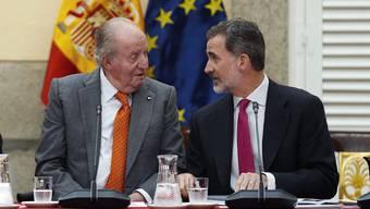 Juan Carlos (links) erhält kein Gehalt mehr. Felipe (rechts) verzichtet auf sein Erbe.