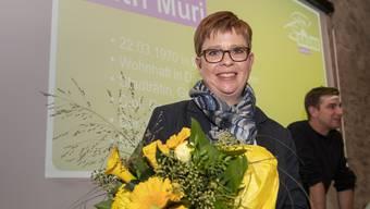Blumen für die Kandidatin: Ruth Müri soll für die Grünen einen Ständeratssitz holen – darauf hofft auch Präsident Daniel Hölzle.