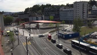 Er wird neu jeweils «in erster Priorität gesalzen»: Der neue Stadtplatz beim Grosskreisel im Schlieremer Zentrum.