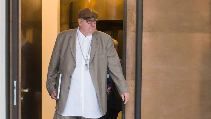 Dieter Behring beim Verlassen des Gerichts.Ti-Press/Keystone