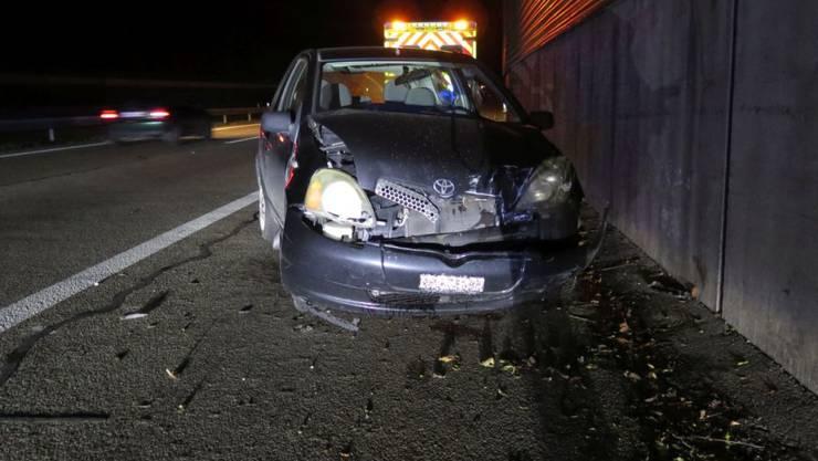 Unter Alkoholeinfluss hat ein 26-jähriger Autofahrer in der Nacht auf Sonntag bei Diegten BL die Kontrolle über sein Fahrzeug verloren.