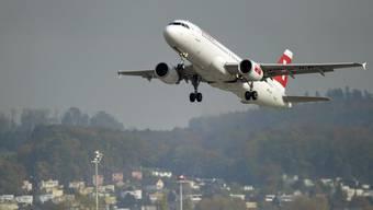Knapp drei Prozent mehr Passagiere waren am Flughafen unterwegs. (Archiv)