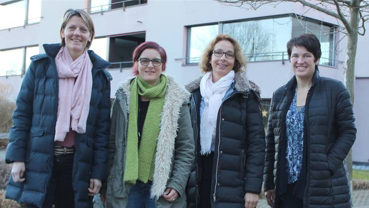 Sie setzen sich für die Zeitvorsorge ein (v.l.): Esther Burkard (Geschäftsführerin KISS Oberfreiamt), Sandra Portmann (Pflegi Muri), Madeleine Sennrich Köpfli (Koordinatorin für Muri und Umgebung), Jacqueline Strebel (Interimspräsidentin KISS Oberfreiamt).