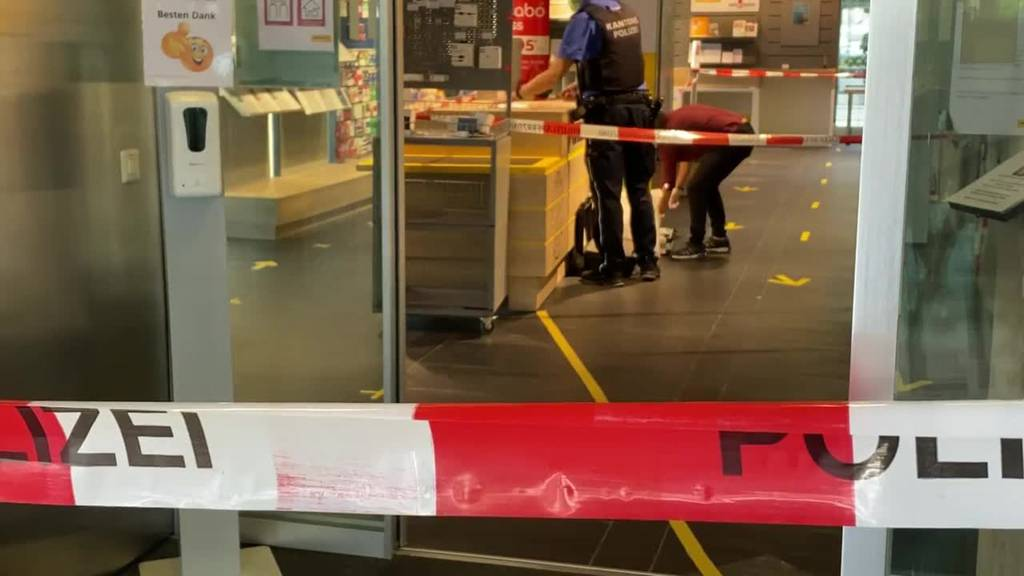 Grosseinsatz in der Postfiliale Lenzburg