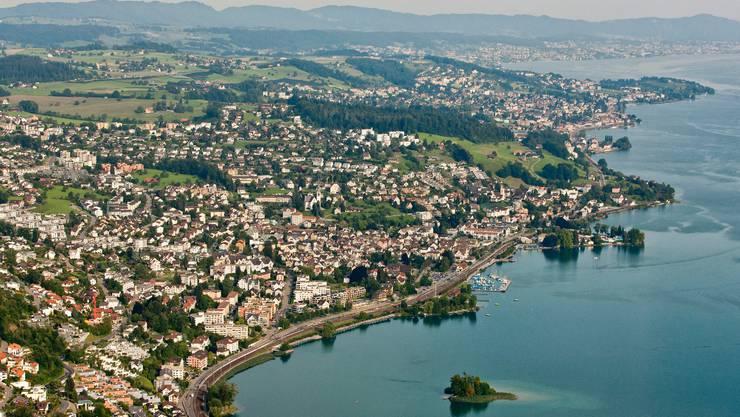 In der Zürcher Seegemeinde Richterswil muss das Paracelsus -Spital den stationären Bereich schliessen.