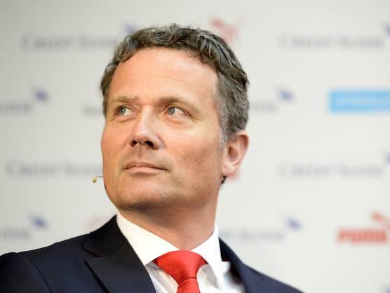 Auch SFV-Generalsekretär Alex Miescher sah sich zu einer Stellungnahme gezwungen: «Politische Statements haben im Sport nichts verloren, doch das waren keine. Ich verstehe, dass Kritik kommt. Jeder kann seine Meinung äussern, jeder darf seinen Blickwinkel haben. Wir hoffen einfach, dass der Sieg darob nicht vergessen geht.»