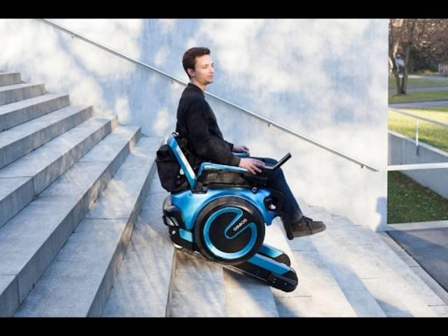 Scewo stellt einen treppensteigenden Rollstuhl her
